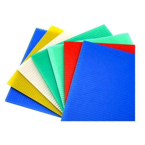 पीपी खोखला चादर रंगीन नालीदार प्लास्टिक मुद्रण खोखला चादर